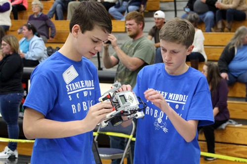 Stanley Middle Robotics Students