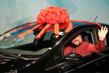 Stanley teacher gets award, new car from Kia of Gastonia