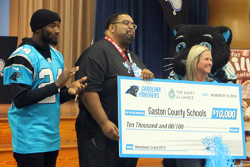 $10,000 grant will support breakfast after the bell