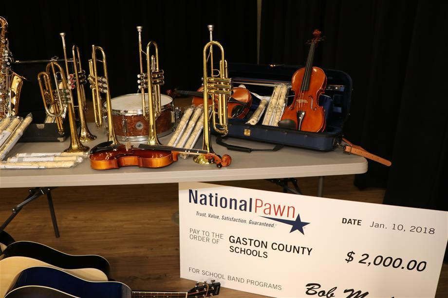 School Gets Donation Of Musical Instruments
