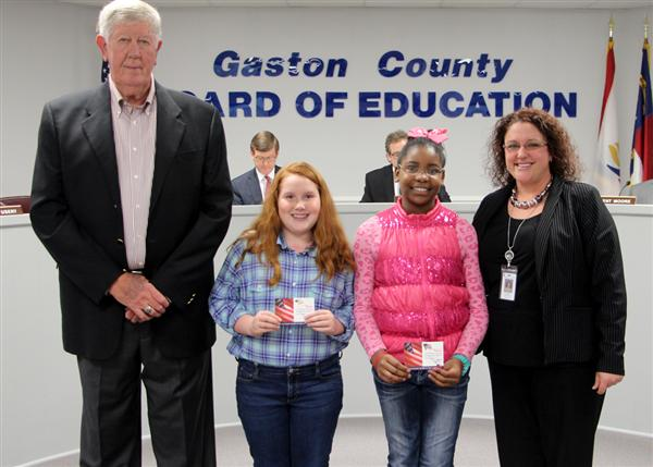 Gardner Park Elementary students recognized for reciting the Pledge of Allegiance